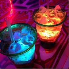 bicchieri fluorescenti idee per feste originali cafe creativo