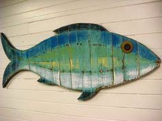 painted string of fish wall decor made with pallet wood 10 wood