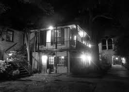 Halloween Haunted House Stories by 10 Ghost Stories About Hotels That Will Make You Hide Under The