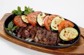 boeuf cuisiné bœuf cuisiné sur plaque chauffante à la sauce maison orchid thaï