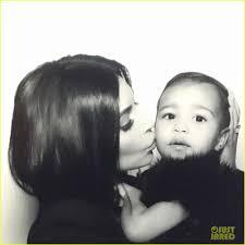 kim kardashian u0027s daughter north west takes first photo booth pics