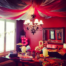 Circus Home Decor The Big Top Room For Circus Themed Baby Shower Use Rolls Of