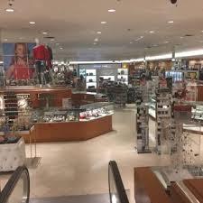 macy s 31 photos 32 reviews department stores 1245