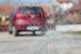 chips and cracks when to repair or replace a damaged windshield