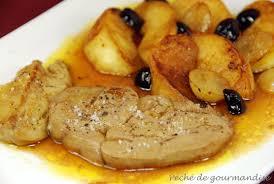 comment cuisiner le foie gras cru foie gras frais aux pommes et aux raisins d après alain ducasse
