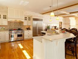51 best cape cod homes kitchen and bathroom designs images on