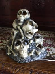 gemmy halloween blow mold lighted skull pile of bones skeleton