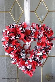 super easy diy valentine u0027s day rag wreath