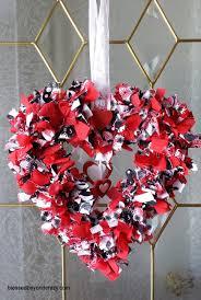 How To Make Wreaths Super Easy Diy Valentine U0027s Day Rag Wreath
