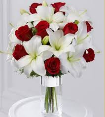 roses and lilies silver tidings bouquet with roses and white lilies png 2