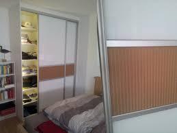 Schlafzimmerschrank Beleuchtung Zwei Einzelne Schlafzimmer Schränke Statt Schrankwand Im Rattan