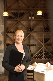 Head Waiter Job Description Woman - Dining room supervisor job description