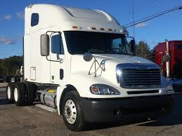 freightliner used trucks used 2010 freightliner columbia 120 tandem axle sleeper for sale