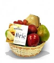 fruit and cheese baskets sympathy baskets sympathy gift baskets fruit baskets food