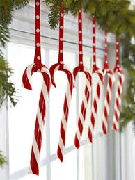 Decoration For Christmas House by Best 25 Christmas Window Decorations Ideas On Pinterest Window