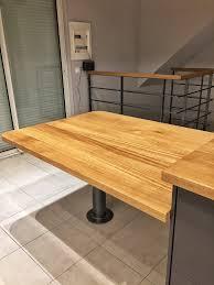 table cuisine sur mesure cuisine sur mesure en chêne massif plan de travail