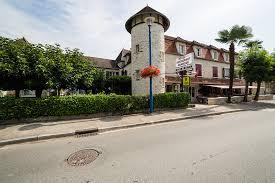 wonderbox telephone siege social séjour gourmand pour 2 à l hôtel grangier à sozy 46