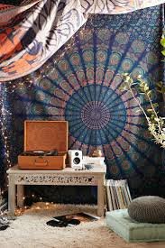 Hippie Bedroom Decor by Best 25 Zen Bedroom Decor Ideas On Pinterest Zen Bedrooms Yoga