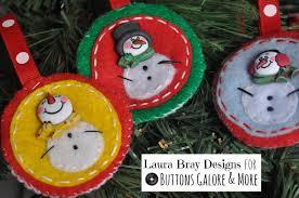 diy felt ornaments with snowman buttons