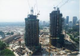 the history and construction of the petronas twin towers expatgo