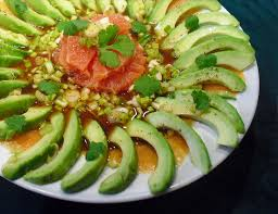 avocat cuisine salade avocat saumon plemousse la recette facile par toqués 2