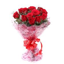 roses bouquet floralbay fresh roses bouquet in cellophane wrapping bunch of