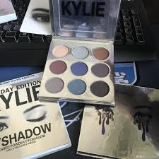wholesale makeup eyeshadow palettes kylie jenner christmas holiday