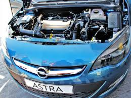opel chile opel chile presenta el astra hatchback 5 puertas 2014 autocosmos com