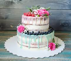 popular wedding cake trends for fall raleigh wedding catering