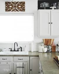 How To Install Backsplash In Kitchen by How To Install A Wood Plank Backsplash My Fabuless Life