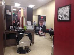 pikesville men u0027s salon celebrates debut with justin tucker