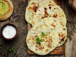 cuisine indienne naan les 25 meilleures idées de la catégorie paratha bread sur