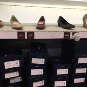 cole haan black friday cole haan 14 reviews outlet stores 2774 livermore outlets dr