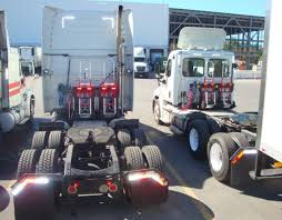 truck volvo file mclane northeast ryder truck volvo and freightliner jpg