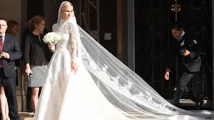 valentino wedding dresses nicky s valentino wedding dress is absolutely stunning