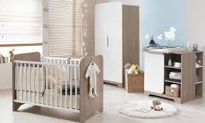 chambre a coucher bébé chambre à coucher bébé la chambre bicolore et pour bébé