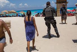 is it safe to travel to cancun images U s warns citizens about traveling to cancun bloomberg jpg