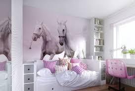 chambre a theme avec stickers chevaux pour chambre fille 14 davaus deco chambre