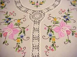 Vintage Easter Decorations Ebay by Best 25 Easter Tablecloth Ideas On Pinterest Easter Art Peter