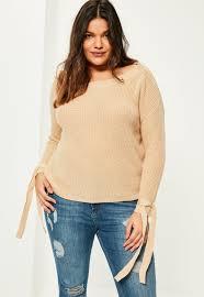 Women S Plus Size Petite Clothing Women U0027s Plus Size Tops Tees U0026 T Shirts Missguided