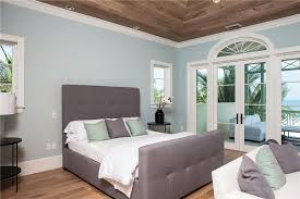 Master Bedroom Double Doors Contemporary Master Bedroom With Transom Window U0026 Crown Molding In
