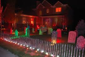 Scary Halloween Decorations For Outside by Halloween Light Ideas Outside Halloween Decor Kids Halloween