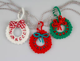 christmas crochet wreath crochet pattern amigurumi crochet