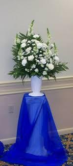 wedding backdrop blue cake table royal blue wedding backdrop ideas cake