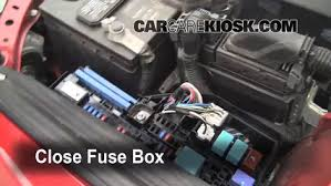 toyota camry 2008 engine replace a fuse 2007 2011 toyota camry 2008 toyota camry le 2 4l