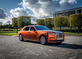 roll royce phantom custom wallpaper rolls royce phantom ewb cars 2017 4k cars u0026 bikes 16073