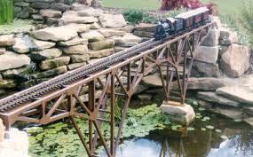 garden railroad bridge