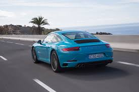 porsche carrera back 2017 porsche 911 retain the classic shape mustcars com