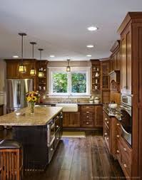 Wood Floor In Kitchen by I Want Dark Hardwood Floors But Have Light Cabinets It Actually
