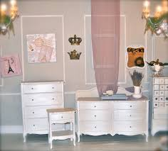 White Furniture Bedroom Diamonds U0026 Toads Bedroom Suite Painted With Old White Chalk Paint